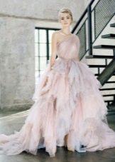 Вечернее платье с оборками