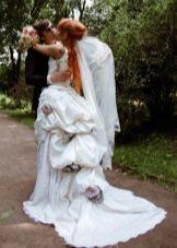 Свадебное платье с тюрнюром