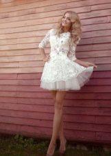 Короткое свадебное платье кружевное в стиле беби долл