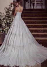 Свадебное платье а-силуэта от Виктории Карандашевой