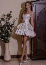 Короткое свадебное платье от Виктории Карандашевой пышное