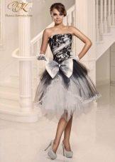 Короткое свадебное платье от Виктории Карандашевой черно-белое