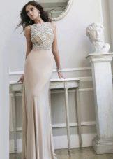 Шелковое вечернее платье в стиле нюд