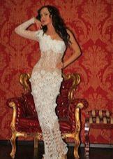Свадебное полупрозрачное платье вязанное крючком