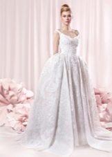 Свадебное пышное платье в стиле ретро с кринолином