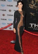 Откровенное платье от Джеими Александр