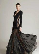 Откровенное платье с кружевной вставкой вечернее