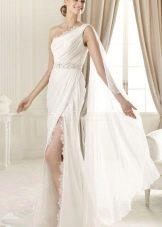 Свадебное платье из коллекции MANUEL MOTA от Проновиас с разрезом