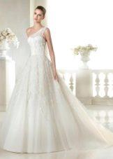 Свадебное платье из коллекции Dreams от San Patrick с перьями