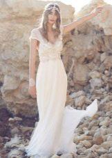 Свадебное платье из коллекции Spirit от Анны Кэмпбелл в стиле ампир
