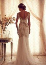 Свадебное платье из коллекции Gossamer  от Анны Кэмпбелл с открытой спиной