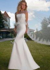 Свадебное платье от Оксаны Мухи с баской из перьев