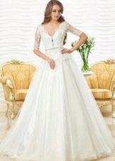 Свадебное платье кружевное от Оксаны Мухи с баской