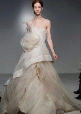 Свадебное платье от Веры Вонг из коллекции 2012