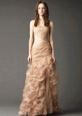 Свадебное платье от Веры Вонг из коллекции 2012 с воланами