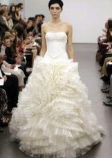 Свадебное платье белое от Веры Вонг 2013 пышное