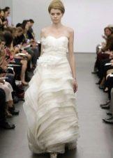 Свадебное платье белое от Веры Вонг 2013 а-силуэта