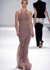 Бархатное платье с брапировкой