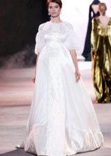 Свадебное платье белое с пышным рукавом