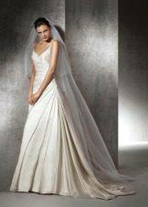 Свадебное платье с драпировкой