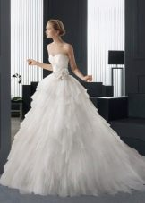 Свадебное платье от Rosa Clara с открытой спиной