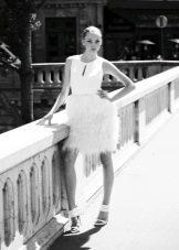 Свадебное платье от Уго Зальди с декольте