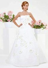Свадебное платье из коллекции Simple White от Kookla а-силуэта