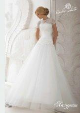 Свадебное платье из коллекции Diamond от Lady White с кружевом