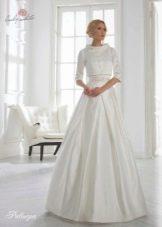 Свадебное платье жемчужного оттенка