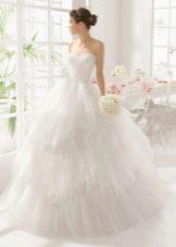 Пышное свадебное платье с жемчугом на корсете