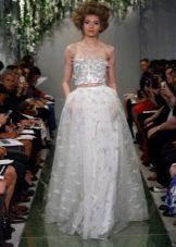 Свадебное платье с декорированным верхом