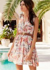 Короткое повседневное платье