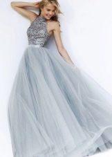 Серое бальное платье из шифона
