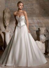 Свадебное платье с кристалами Сваровски атласное