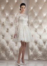 Свадебное платье от Тани Григ  короткое кружевное