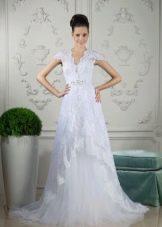 Свадебное платье от Тани Григ с кружевом