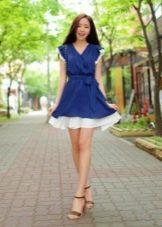 Темно-синее платье с белым