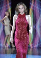 Бордовое платье вязаное крючком