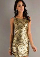 Платье золотого цвета в сочетание с черным цветом