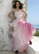 Свадебное платье с розовыми вставками