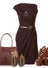 Коричневые босоножки под коричневое платье