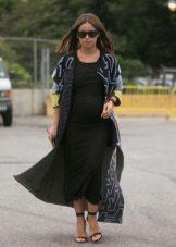 Трикотажное длинное черное платье для беременных