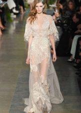 Длинное прозрачное платье в пол с набивным кружевом молочного цвета