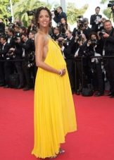 Нарядное платье из тонкого натурального материала для беременных