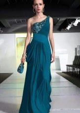 Длинное платье цвета морской волны на одной брители