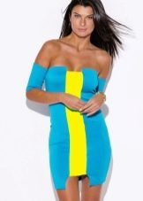Платье цианового цвета в сочетание с желтым