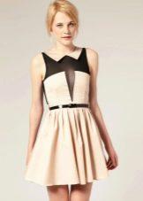 Платье бежевое с черной вставкой