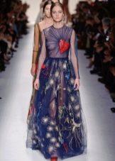 Платье из органзы с драпировкой