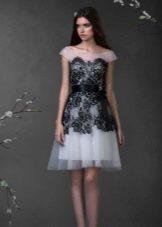 платье из органзы с кружевом
