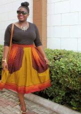 Платье для полных с завышенной талией - разного цвета верх и низ